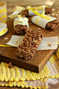 Fudgy Granola Bars