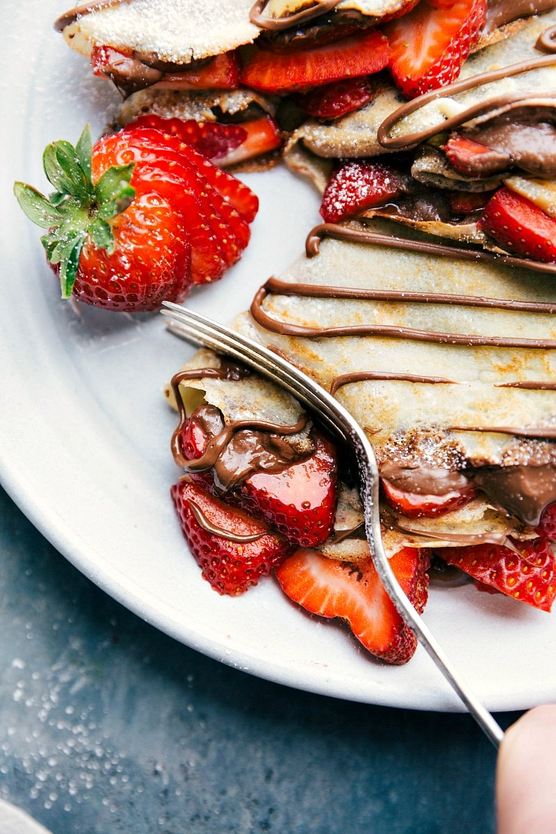 Nutella Crepes With Strawberries Chelsea S Messy Apron