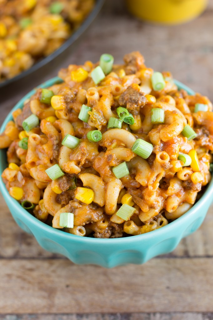 One skillet, easy taco pasta