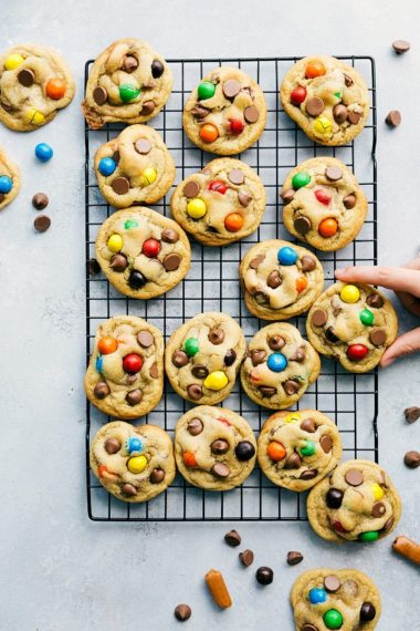 Caramel Stuffed Cookies