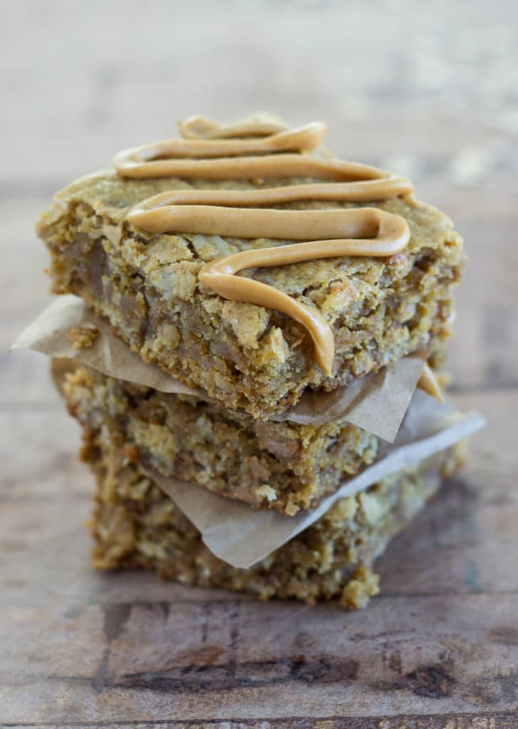 Easy Peanut Butter Oatmeal Bars
