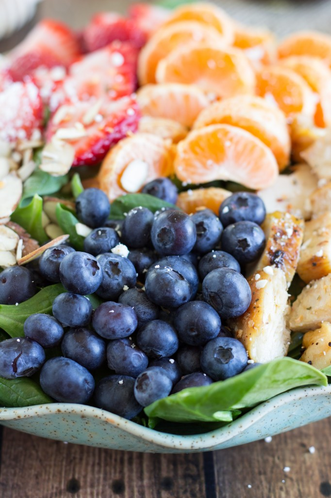 An incredibly easy, delicious, and healthy almond, berry, and chicken spinach salad