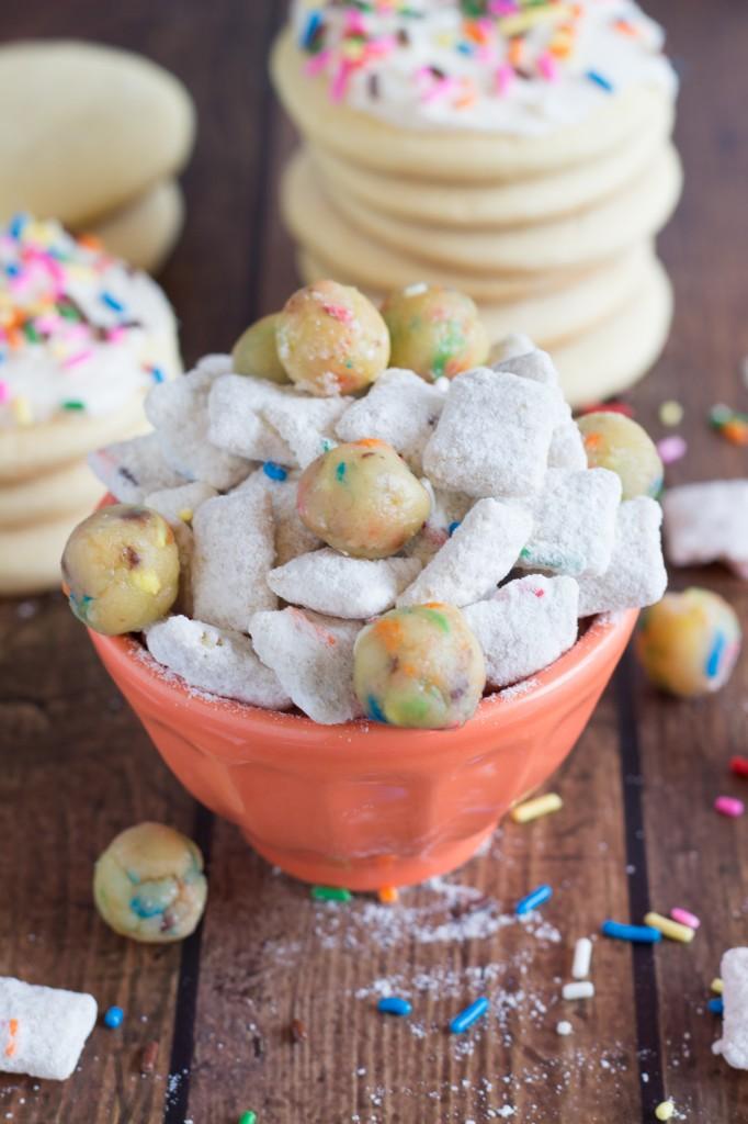 Sugar Cookie Muddy Buddies
