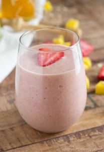 Strawberry Mango Oatmeal Smoothie + BlendTec Giveaway