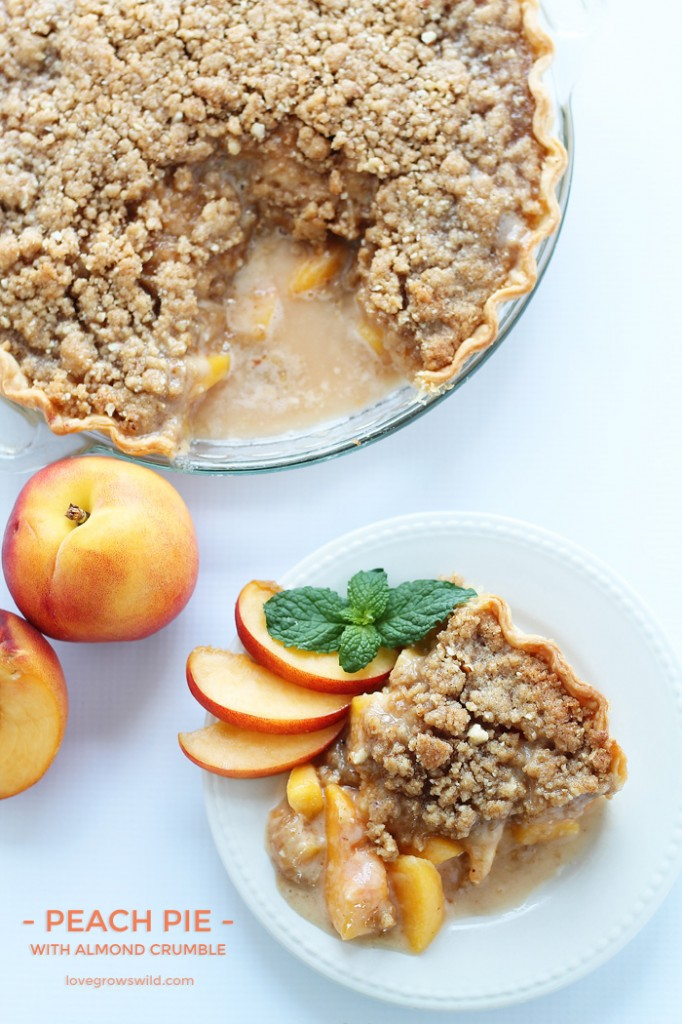 Peach-Pie-with-Almond-Crumble-final