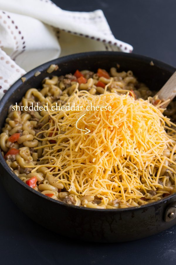 A one-pot meal - cheesy BBQ pasta - under 30 minute meal!
