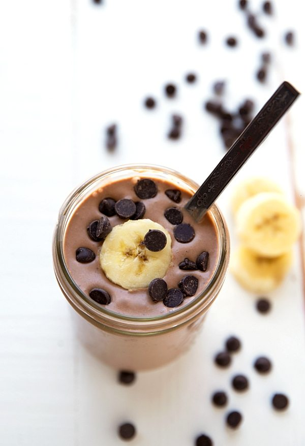 Delicious Peanut Butter Cup Smoothie (Healthy Protein Shake!)