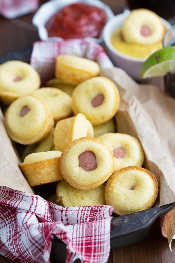 Simple 3-ingredient mini cornbread corndogs. Perfect for tailgating!!