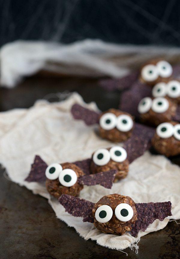 "{Healthy} Halloween Bat Energy Bites + ""Spiders"" on a log #healthy #Halloween #treat #dessert #easy"