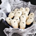 Mummy Milanos - the easiest Halloween treat!