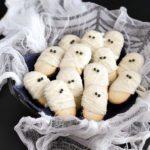 Mummy Milanos - the easiest Halloween treat!