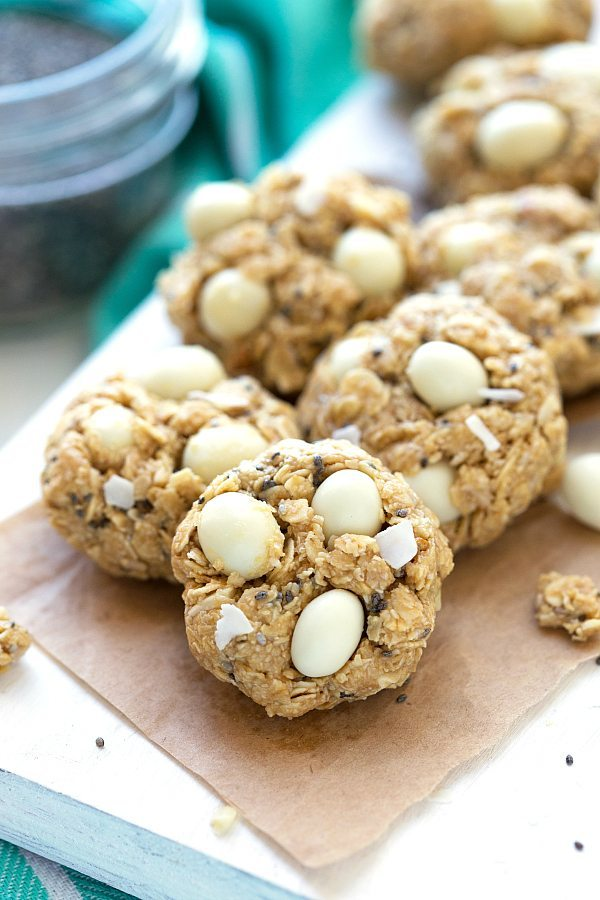 No Bake Coconut and Greek Yogurt Tropical Breakfast Cookies