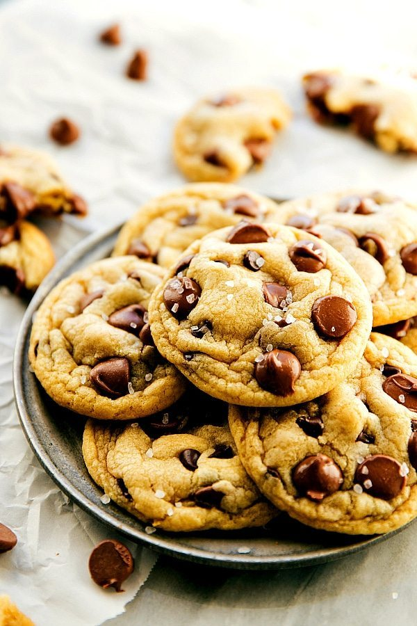 The easiest (and softest + chewiest) chocolate chip cookies you will ever taste! This recipe makes a half-batch of cookies (approx. one dozen) and requires only one bowl and no hand beaters/stand mixers. PLUS only 8 ingredients needed!