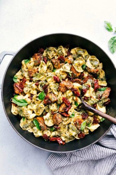 [Easy, One Pot] Pesto Chicken Tortellini