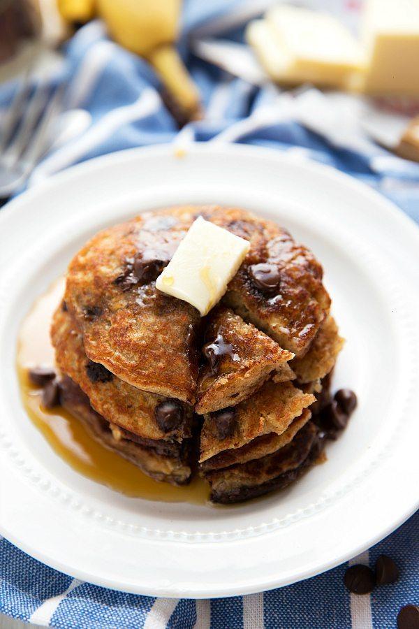 Healthy + Flourless Chocolate-Chip Oatmeal Cookie Pancakes with Greek yogurt