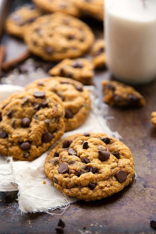 Pumpkin Oatmeal Chocolate Chip Cookies -- NOT Cakey!