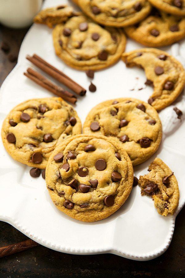 The BEST pumpkin chocolate-chip cookies2