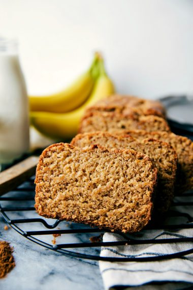 Healthier Greek Yogurt Banana Bread (Video)