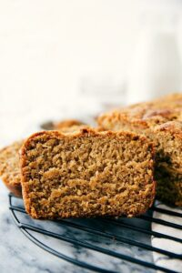 Best EVER Healthy Greek yogurt banana bread