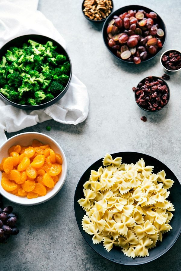 The best ever BROCCOLI PASTA SALAD. Quick to make, 5-ingredient dressing, and sure to be a hit at your next summer party! Via chelseasmessyapron.com