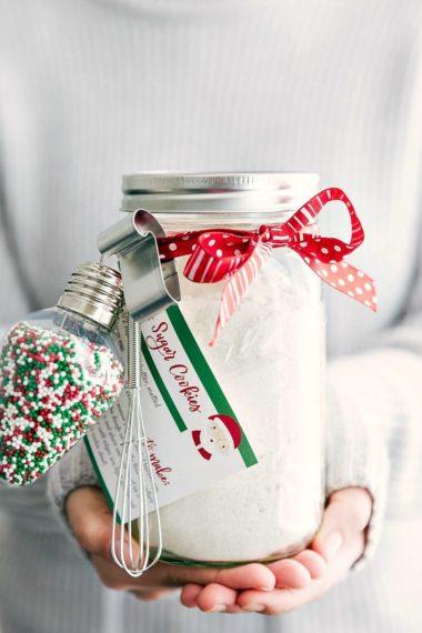 Mason Jar Gift: Santa's Sugar Cookies (Free Printable)