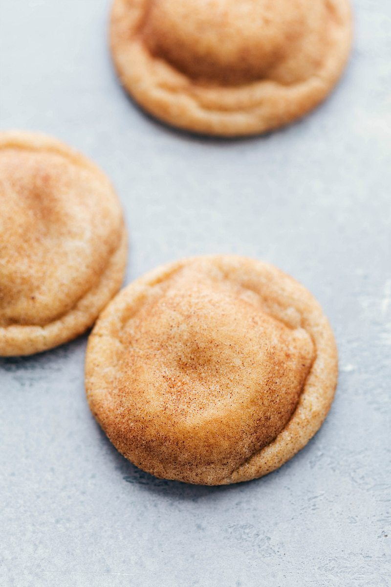 The ultimate BEST EVER SNICKERDOODLE COOKIES! Crisp edges, soft and chewy center, and SO much flavor! These are the BEST EVER! Recipe via chelseasmessyapron.com | #snickerdoodle #cookie #dessert #bake #baking #treat #holiday #cookies #christmas #cinnamon #sugar #easy #video #tutorial #best #popular #snickerdoodlecookie #party