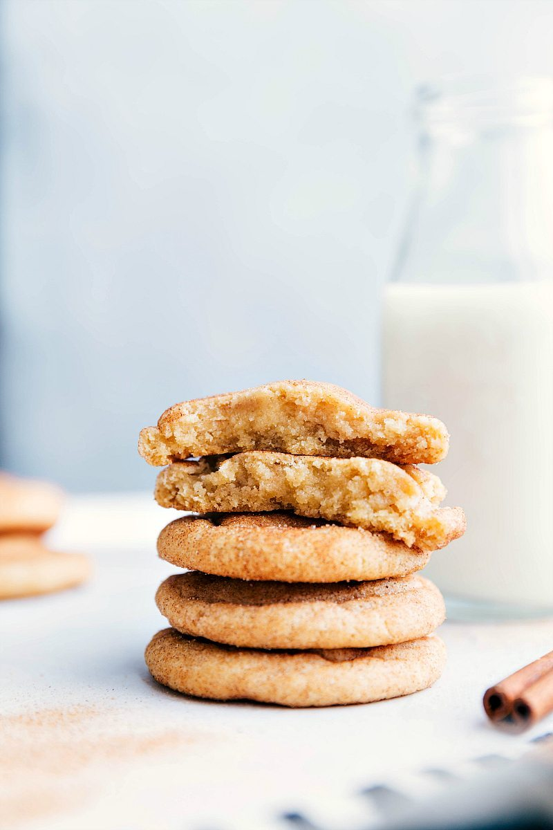 The ultimate BEST EVER SNICKERDOODLE COOKIES! Crisp edges, soft and chewy center, and SO much flavor! These are the BEST EVER! Recipe via chelseasmessyapron.com | #snickerdoodle #cookie #dessert #bake #baking #treat #holiday #cookies #christmas #cinnamon #sugar #easy #video #tutorial #best #popular