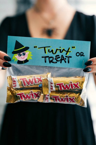 Halloween Bag Toppers 2 (Free Printables)