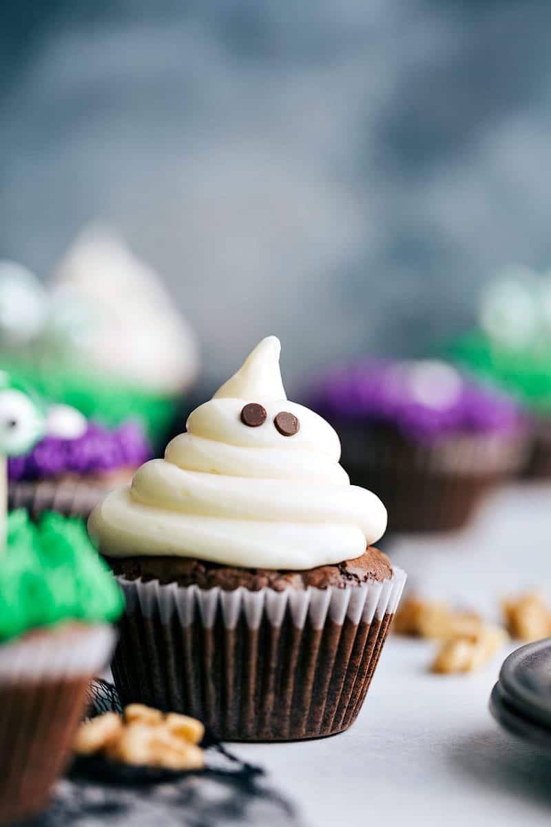 Easy Halloween Cupcakes Chelsea S Messy Apron