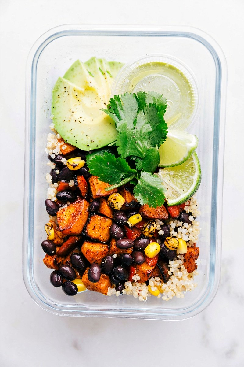 Overhead photo of quinoa black bean salad.