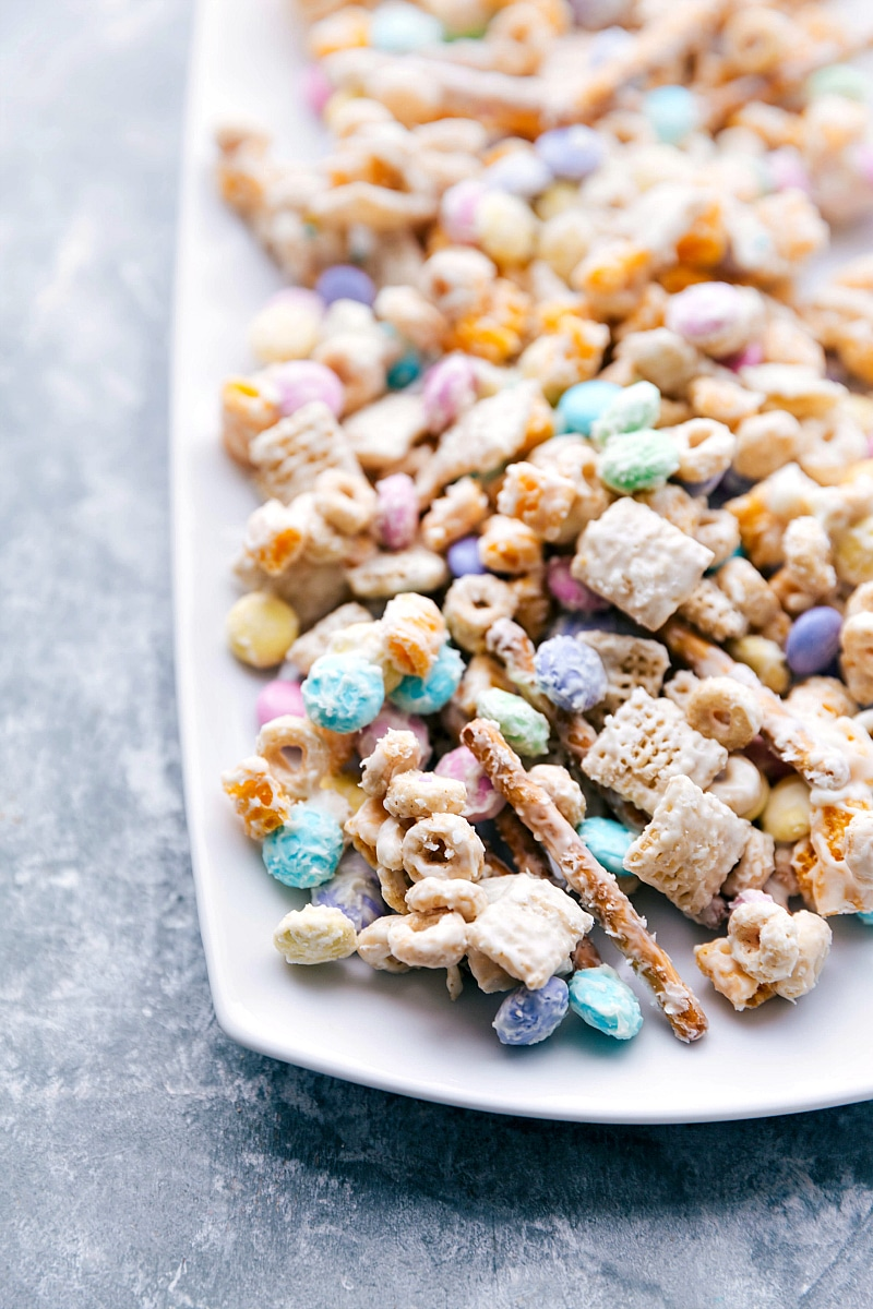 Image of Bunny Bait snack mix on a tray.