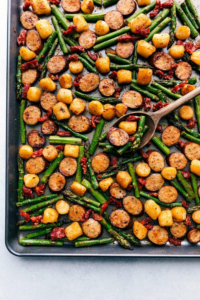 {One Pan} Sausage Pesto & Veggies