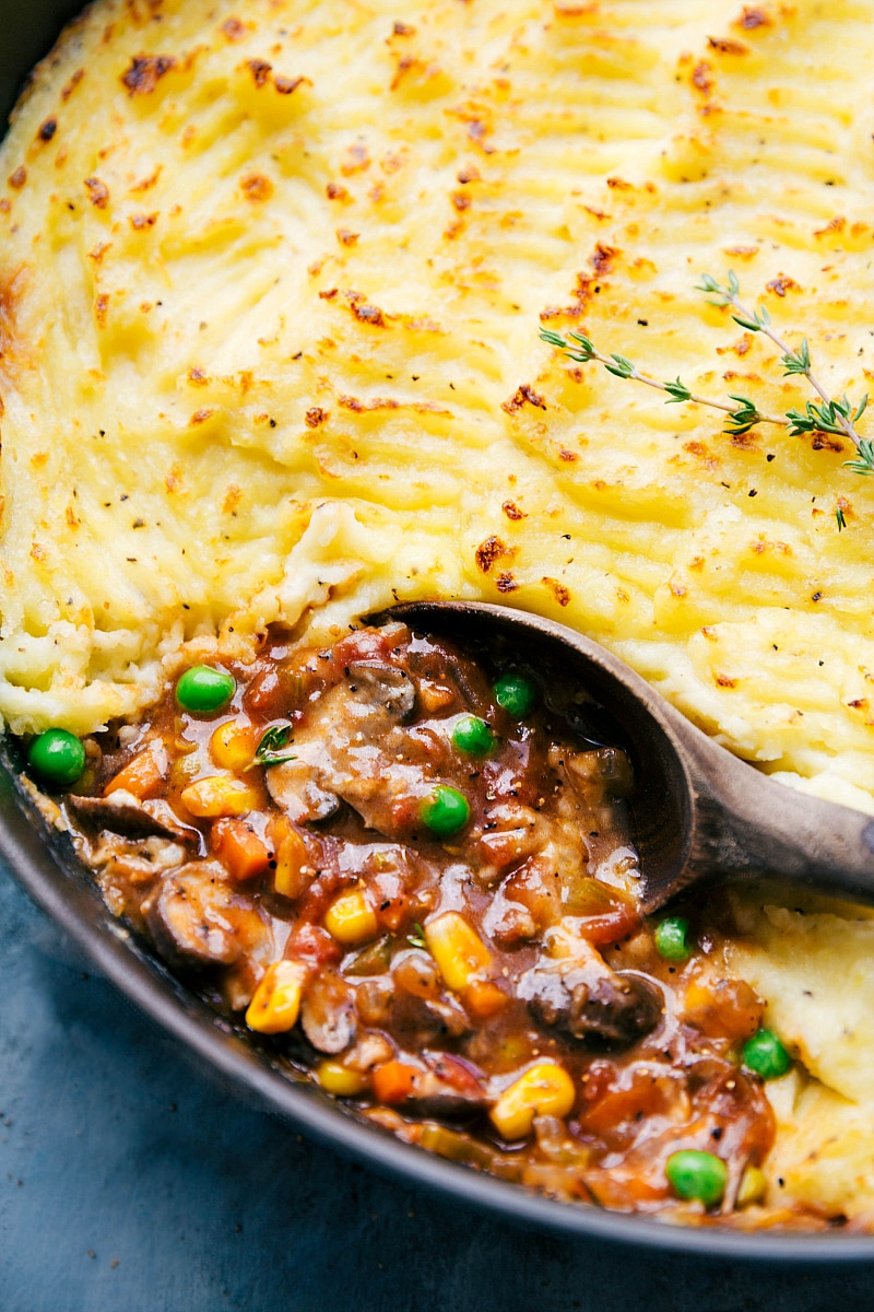 Close up image of the vegetarian Shepards pie