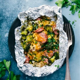 Cheesy Broccoli & Chicken (Foil Pack)