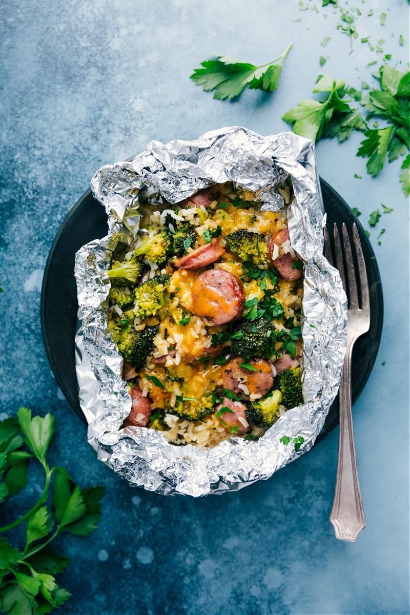 Cheesy Broccoli & Chicken foil pack dinner