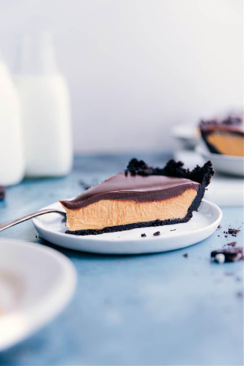 Chocolate Peanut Butter Pie slice on a plate